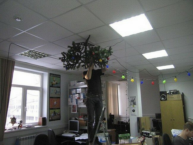 Как украсить кабинет к Новому году 2017 своими руками. Оригинальные идеи с фото